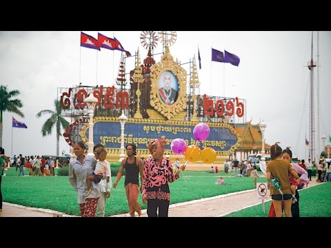 Stanford students explore the sights and sounds of Cambodia