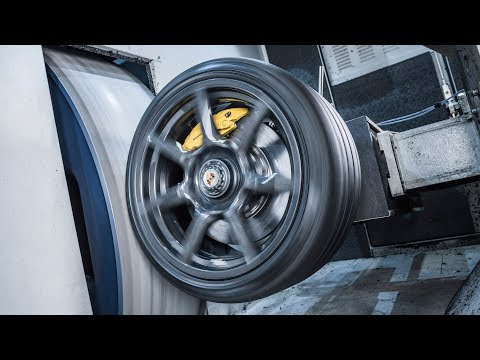 Porsche 911 Turbo Carbon Wheels - PRODUCTION
