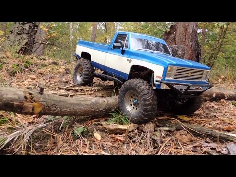 RC4WD TF2 with extended Tamiya Clod Buster body on Axial Ripsaws - UCfQkovY6On1X9ypKUr9qzfg