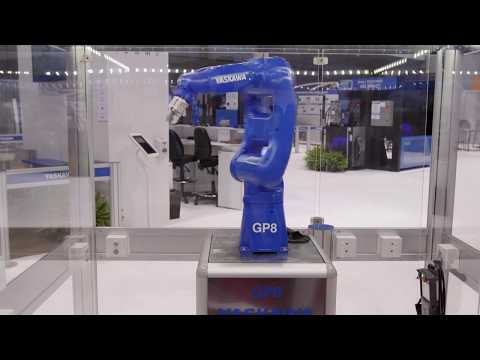 Yaskawa GP8 Handling Robot