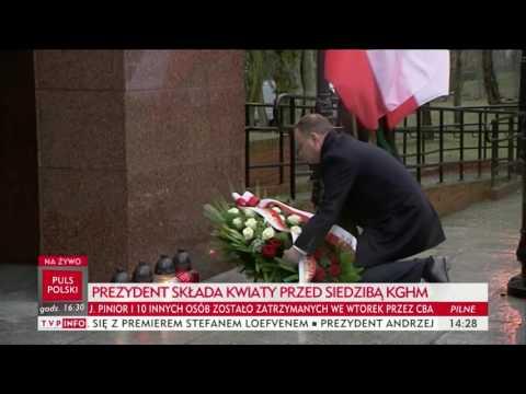 Prezydent Andrzej Duda złożył kwiaty przed siedzibą KGHM