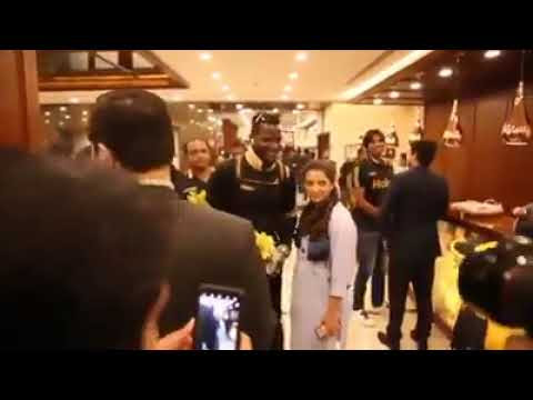 Daren Sammy Meeting With His Fans In Multan
