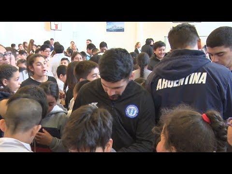 Jugadorxs de la Selección Argentina de Fútsal compartieron experiencias y juegos en la EPP N° 58