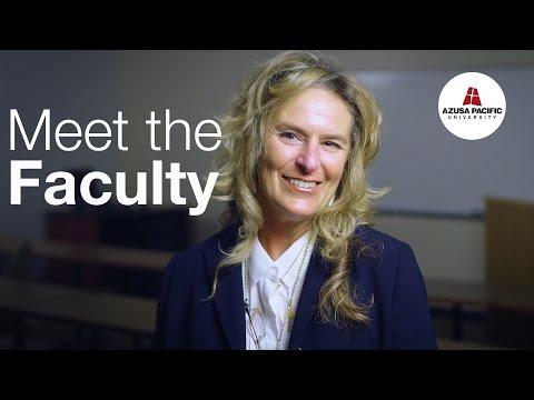 Meet the Faculty: Roxanne Helm-Stevens, DBA