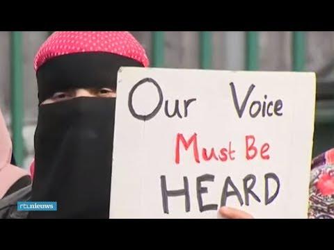 Britse moslimouders demonstreren tegen LHBT-lessen op school - RTL NIEUWS