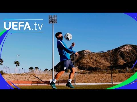 Málaga skills and tricks - UEFA Youth League skills challenge