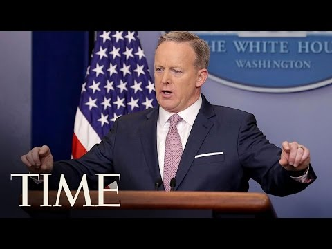 Donald Trump's First Press Briefing Was A Big Change   TIME