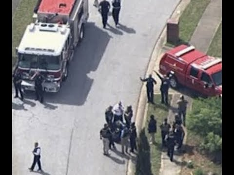 Breaking Hostage Of Teen 2 Police Officers Shot In Georgia