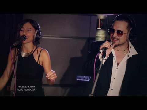 Minnie & The Moochers - 'I Feel Good' / James Brown (Cover) Live In Session at The Silk Mill