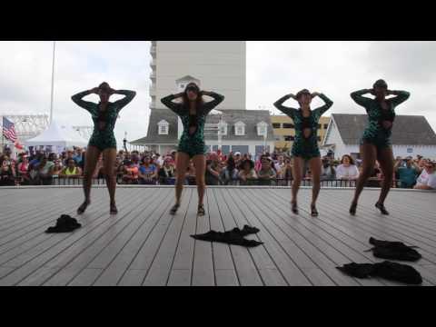 Mambo Room Bachata Vida Ladies Performance