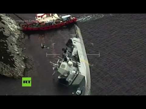 Imágenes aéreas tras la colisión de una fragata con un petrolero en Noruega