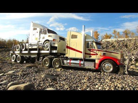 RC ADVENTURES - 28 tires trail trucking  Knight Hauler, Ford AeroMax on Trailer - UCxcjVHL-2o3D6Q9esu05a1Q