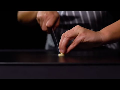 How to Cut Garlic the Right Way, According to a Chef   Tastemade Staff Picks
