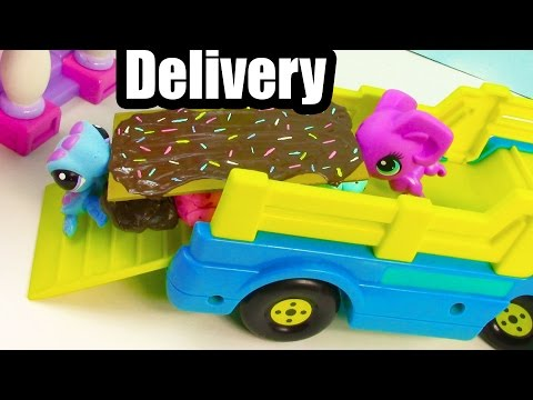 LPS Table Delivery - Diva Dahhhhling - Littlest Pet Shop LPS Series Part 4 Video - UCelMeixAOTs2OQAAi9wU8-g