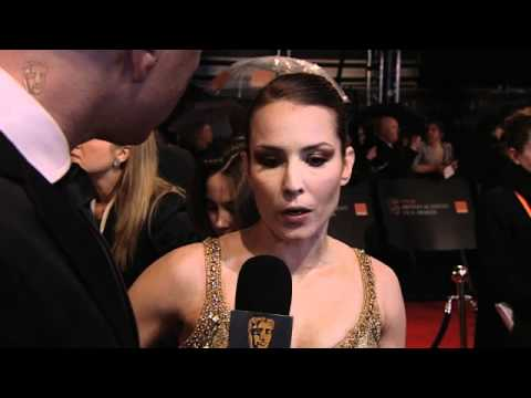 Noomi Rapace - Film Awards Red Carpet 2011 - UCtggghgcffr7-OSjiRXRM3Q