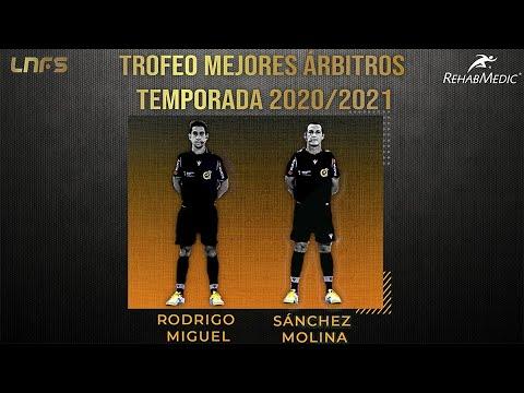 Sánchez Molina y Rodrigo Miguel, 'Trofeo RehabMedic a los Mejores Árbitros de la Temporada 20/21'