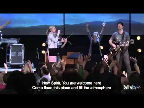 Kim Walker Smith - Holy Spirit You Are Welcome Here - UCwmTGLlsg-P1oOZK-HYGyUw