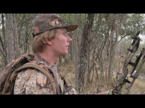 Big Island Hunt / Dive with Mark Healey and Justin Lee - UCmUPzgQkraMVQpP00u9_9-g
