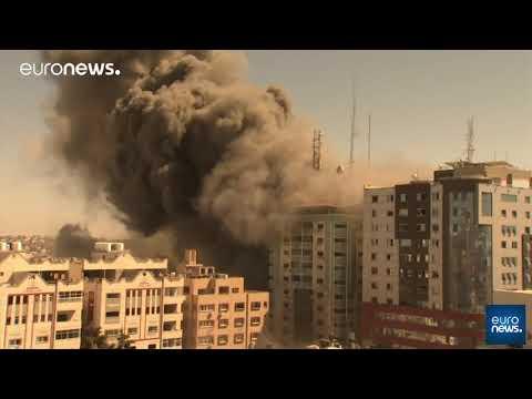Gazze: Associated Press ile El-Cezire ofislerinin bulunduğu bina İsrail saldırısında yıkıldı
