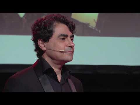 La inteligencia artificial como herramienta de creación musical | Gustavo Díaz-Jerez | TEDxUNebrija