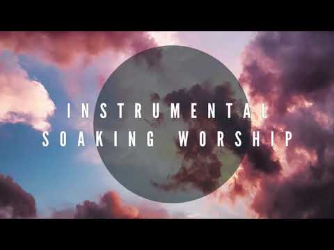 OPEN HEAVENS // SOAKING IN HIS PRESENCE