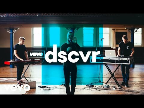 SoulCircuit - Rolling With Me - Vevo dscvr (Live) ft. Maverick Sabre - UC-7BJPPk_oQGTED1XQA_DTw