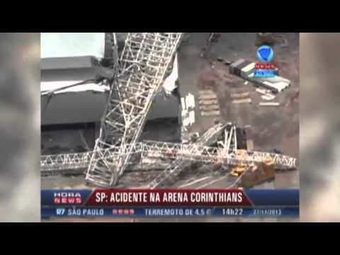 Raw: 3 Dead in Brazil World Cup Stadium Collapse
