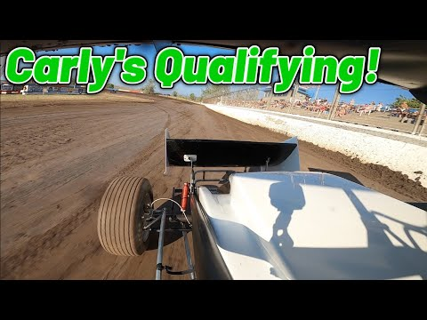 Carly Holmes Sprint Car Qualifying At Southern Oregon Speedway! (4TH QUICK) - dirt track racing video image