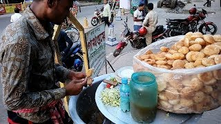 He Out Side Chaat King Bhel puri Maker Selling Yummy 5 Bhel puri Tk 20 Delicious Unlimited Food