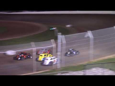 8/21/21 Legend Feature Beaver Dam Raceway - dirt track racing video image