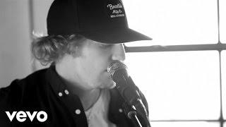 Tucker Beathard - Ride On (Live Acoustic)