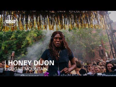 Honey Dijon Boiler Room x Sugar Mountain 2018 DJ Set - UCGBpxWJr9FNOcFYA5GkKrMg