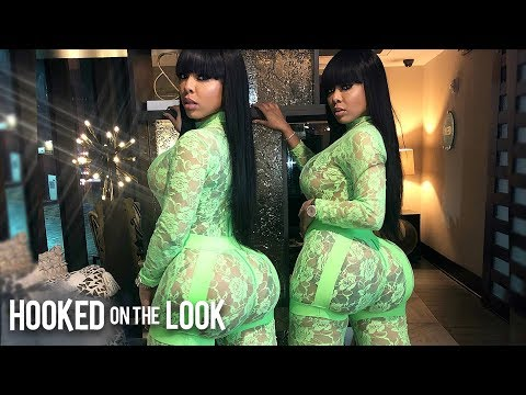 Identical Twins Boast Matching 40-Inch Butts | HOOKED ON THE LOOK - UCfwx98Wty7LhdlkxL5PZyLA