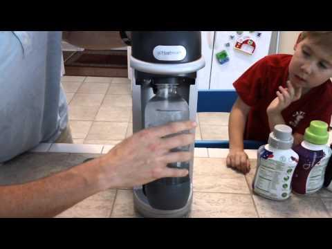 SodaStream FIZZ WHITE domácí výrobník sody