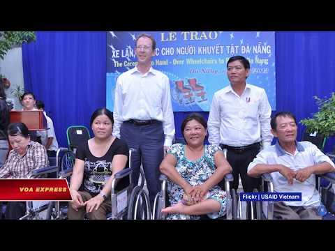 Mỹ viện trợ người khuyết tật ở Thừa Thiên Huế (VOA)