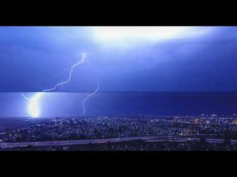 Watch what happens when you fly a drone in lightning storm - UCBuw3F9B-zT9clk1hIizKNg
