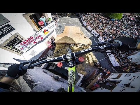 GoPro: Rémy Métailler Taxco Downhill - GoPro of the World January Winner - UCqhnX4jA0A5paNd1v-zEysw