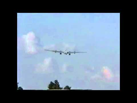 Worlds Largest RC Plane Crash - UCAbQ-oawg3oMwLh_Kq3WEmg