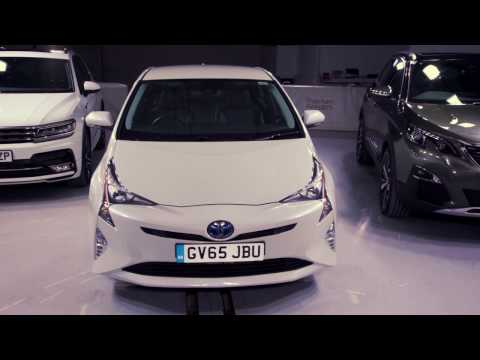 What Car? Safety Award 2017 - Winner Toyota Prius