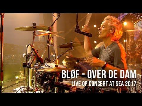 BLØF speelt 'Over De Dam' live op Concert at SEA 2017. Video: Corrino Festival: Concert at SEA 2017 Volg BLØF ook via: https://www.facebook.com/Blof/ https://www.instagram.com/blof/ https://twitter.com/blof http://www.blof.nl/