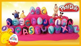 L'alphabet avec des oeufs surprises et de la pâte à modeler Playdoh - Titounis