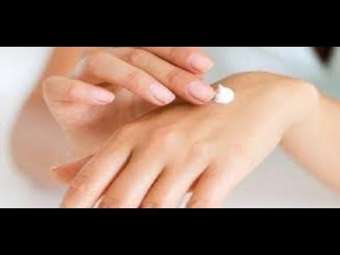 علاج تشققات اليدين وتنعيمها وتبييضها بطريقة طبيعية ومكونات طبيعية من منزلك