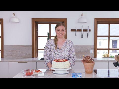 Liv Martine Fødselsdagskage | BUKO Cream Cheese Mix | Arla