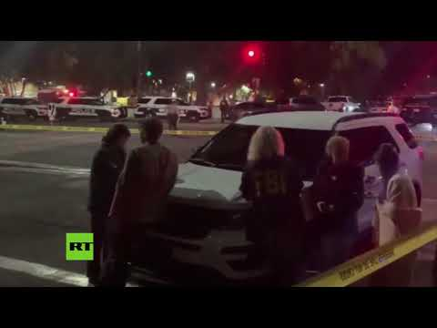 Dolor y lágrimas en el lugar del trágico tiroteo en California