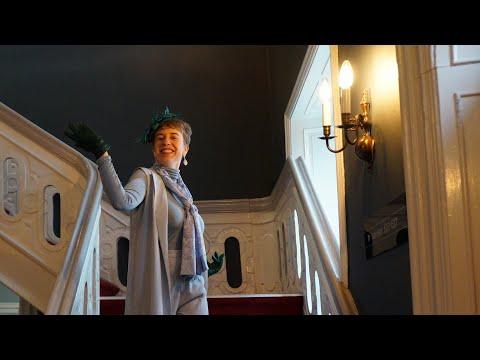 Afsnit 1: En hertuginde checker ind