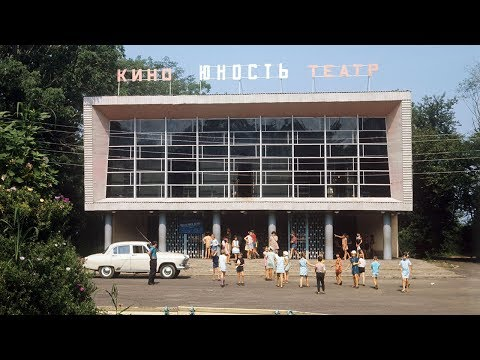 Что делать со старыми советскими кинотеатрами photo