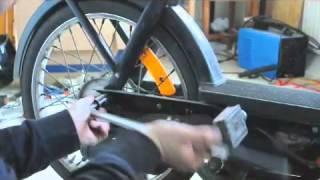 ciao piaggio - videoguida come smontare la ruota posteriore - youtube