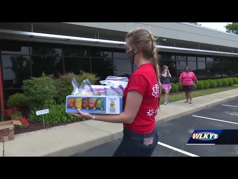 Youth service organization RAK Louisville collects snack kits for kids