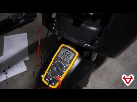 NIU N1 - Removing the front panel and throttle in order to fix Error 140
