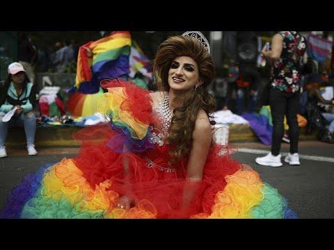 "Látványos <span class=""search-everything-highlight-color"" style=""background-color:orange"">Pride</span> Bogotában"